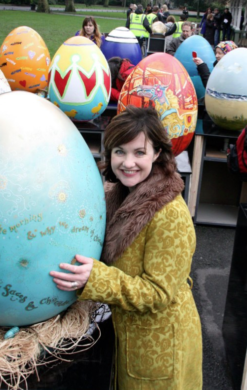 Gillian Reidy with the Penhouse egg for Lily O'Brien's Big Egg Hunt
